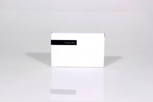 White & Black Vanity Kit in Carton